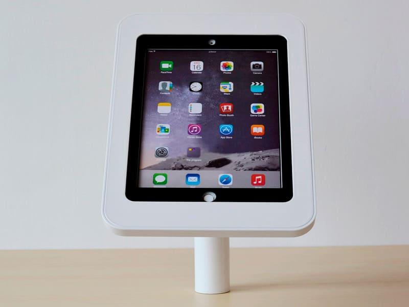 Настольная стойка для планшета с антивандальной функцией TE210-30, наклон 45°